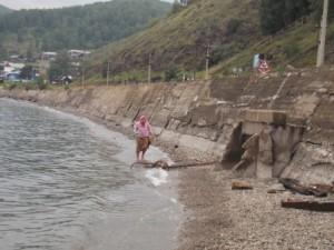 72 в ожидании ушедшей группы помылись в Байкале
