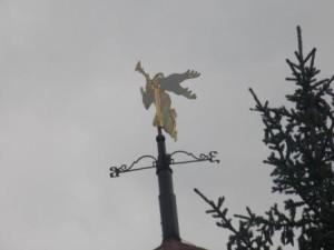 90 ангел на на шпиле митрополии
