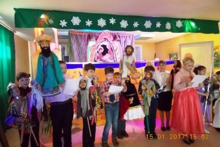 Рождественский праздник на Свято-Никольском приходе г. Слюдянки закончился детским кукольным спектаклем