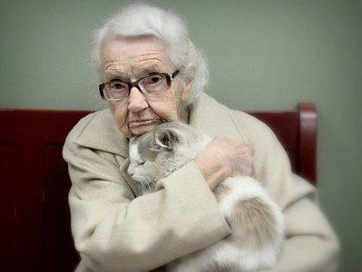 Бабушки и девушки. Людмила Крымова