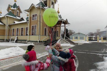 31 декабря —  на Свято-Никольском приходе выпал как напряженный выходной день